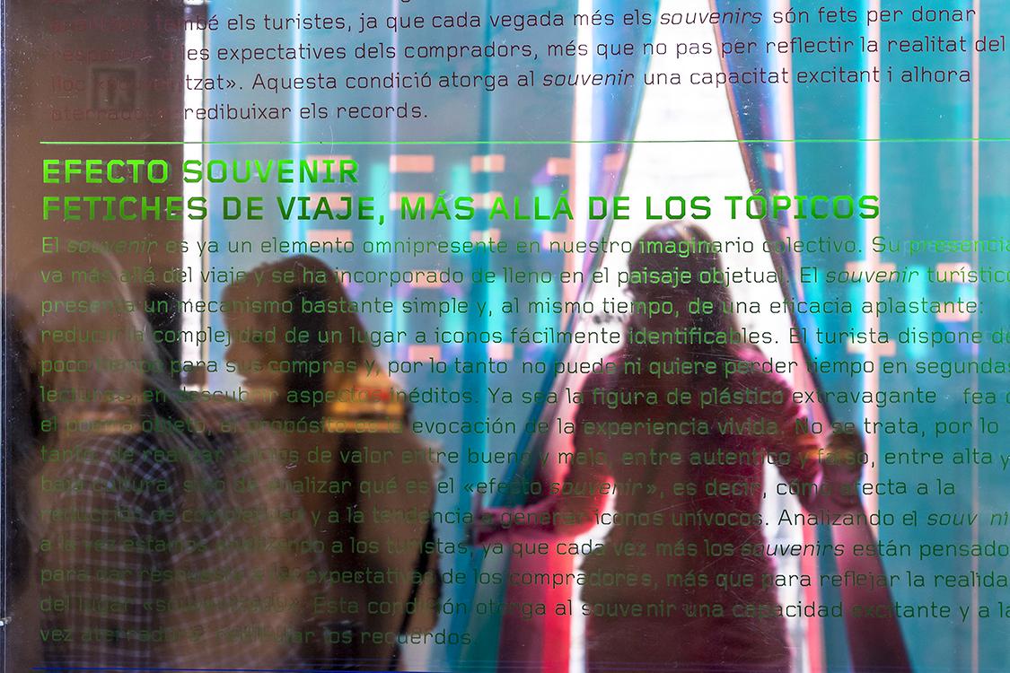 http://andresflajszer.com/files/gimgs/35_img0118-6350-andres-flajszer-nug-efecte-souvenir-copy-750.jpg