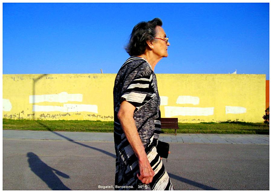 http://andresflajszer.com/files/gimgs/41_bogatell-granny-01.jpg
